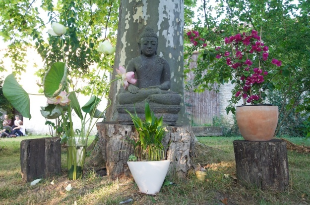 Plum Village, Son Ha, Gira Thich Nhat Hanh
